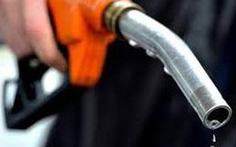 Giá xăng tăng mạnh gần 900 đồng/lít kể từ 15 giờ chiều nay