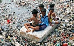 """""""Đất nước vạn đảo"""" đối mặt với thảm họa rác thải khủng khiếp nhất lịch sử"""