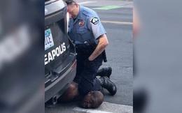 Luật sư tiết lộ cảnh sát Mỹ từng cố hô hấp nhân tạo cho George Floyd