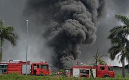 Hóa chất bị cháy tại kho xưởng sơn ở Long Biên là gì?