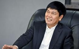 Vợ chồng tỷ phú Trần Đình Long sắp đút túi 450 tỷ đồng kèm 180 triệu cổ phiếu Hòa Phát