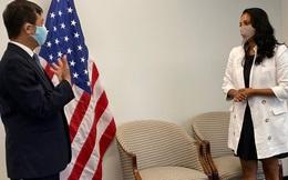 TP. Hà Nội trao tặng 2 tấn khẩu trang cho New York (Mỹ)