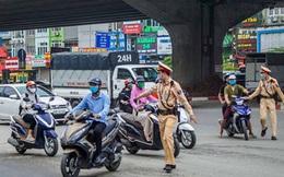Cảnh sát giao thông được trang bị nhiều loại súng