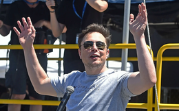 Bloomberg: Hàng chục nghìn day trader đổ tiền vào cổ phiếu Tesla chỉ trong 1 giờ