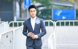 Chân dung 'quý tử' của ông trùm sòng bạc Macau: Thiên tài toán học, thề 28 tuổi chưa khởi nghiệp thành công mới quay về thừa kế gia sản