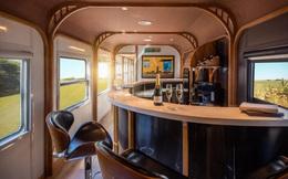 Chuyến tàu sang chảnh nối Đà Nẵng - Quy Nhơn đã lăn bánh: Thiết kế như khách sạn, chỉ 12 ghế ngồi, có quầy bar, phòng massage, đồ uống thả ga