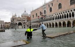 Thiên đường du lịch của châu Âu đối diện nguy cơ chìm dần, sở hữu đại hệ thống đê hàng chục tỷ USD chưa kịp hoàn thiện đã lỗi thời