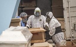 Thảm cảnh lao động nhập cư xử lý xác người nhiễm Covid-19: Đối diện tử thần để mưu sinh
