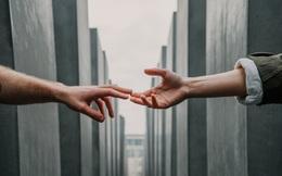 Quý nhân đời bạn: Đi xa với người ưu tú; Làm việc với người đáng tin, bỏ ít được nhiều; Ở với người hiểu mình sống mà không hối tiếc