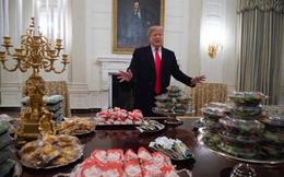 """Nước Mỹ """"đau đầu"""" vì nạn béo phì, người dân biết fast-food nhiều calo nhưng nhu cầu vẫn cao"""