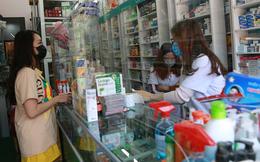 Bộ Y tế yêu cầu các hiệu thuốc lấy thông tin khách hàng mua thuốc ho, sốt, cảm cúm