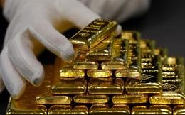 Bloomberg: Những động thái từ chính phủ Mỹ và FED có thể đẩy giá vàng lên đến 3.000 USD/ounce?