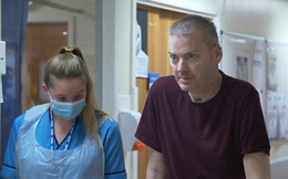 Trải lòng của bệnh nhân phi công Anh trên BBC: 'Tôi là minh chứng sống cho thấy những gì con virus ấy có thể làm, và nó nguy hiểm ra sao'
