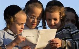 Từ chuyện dạy con tự tin giao tiếp trên xe của bà mẹ Do Thái, tu nghiệp sinh Israel kết luận: Muốn con thành công, nhất định phải rèn cho trẻ tính tự lập