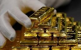 """Giá vàng thế giới vượt mốc 1.800 USD/ounce, có quá muộn nếu """"nhảy"""" vào thị trường lúc này?"""