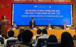 [Trực tiếp ĐHĐCĐ] Tháng 7 có ngày Vietnam Airlines bay hơn 500 chuyến nội địa, ngày hôm qua chỉ còn 102 chuyến, về lại mức tháng 5/2020
