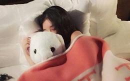 Có 2 thứ nên đặt gần giường ngủ và 3 thứ nên để 'càng xa càng tốt', nhiều người không hề biết nên vô tình gây ảnh hưởng xấu tới sức khỏe