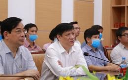 Quyền Bộ trưởng Bộ Y tế: Sớm nhất 6 tháng cuối năm 2021 mới có vắc xin Covid-19