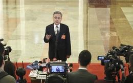 """Trung Quốc thừa nhận nợ xấu tăng vọt hàng trăm tỉ USD: Sức ép đáng sợ """"bóp nghẹt"""" hệ thống tài chính?"""