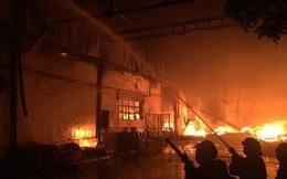 Cháy lớn ở nhà kho Công ty Sunhouse - KCN Tân Tạo