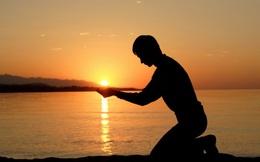 """Lắng nghe chính mình, luôn tin tưởng bản thân, trân trọng hiện tại, chắc chắn cuộc sống sẽ """"trả ơn"""" bạn xứng đáng!"""
