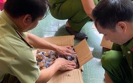 10 tấn bánh Trung thu, trà sữa pha sẵn nhập lậu bị bắt giữ tại Hà Nội