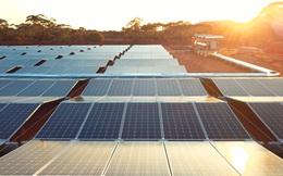 Lắp đặt sẵn tấm pin mặt trời, gấp gọn và đến điểm dự án thì rải ra, công ty cung cấp giải pháp được rót vốn 8,6 triệu USD
