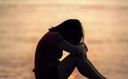 Con gái 8 tuổi khỏe mạnh bỗng nhiên bị trầm cảm, người mẹ khóc hối hận vì một việc làm cách đây 5 năm