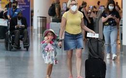 """Mỹ dỡ bỏ hạn chế du lịch nước ngoài dù bị """"cấm cửa"""" ở nhiều nước"""