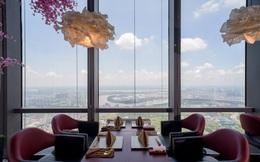 """""""Bồng bềnh như mây bay"""": Có gì trong nhà hàng cao nhất Đông Nam Á tại Sài Gòn?"""
