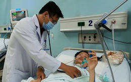 Bị liệt cơ nhập viện điều trị hơn một tháng mới biết bị ngộ độc pate Minh Chay