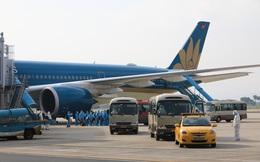 Nối lại đường bay quốc tế, còn nhiều vấn đề phải xử lý