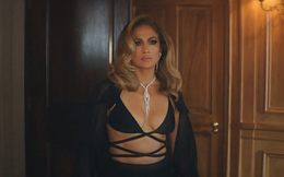 Jennifer Lopez diện thiết kế xuyên thấu của nhà mốt Công Trí
