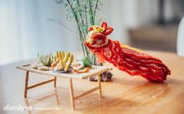 """Nhóm bạn tại Hà Nội có biệt tài """"hô biến"""" mọi thứ thành đất sét đặt gọn vào lòng bàn tay, làm ra mâm cỗ Tết Trung thu nhỏ nhất Việt Nam khiến bạn bè quốc tế kinh ngạc"""