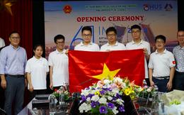 """Bức ảnh hội tụ """"khối tài sản"""" đình đám của làng Toán học Việt Nam: 3 Huy chương Vàng Olympic quốc tế, 1 giải """"Nobel Toán học"""""""