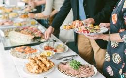 5 tâm lý ăn buffet xấu xí của khách hàng khiến nhà hàng tổn thất
