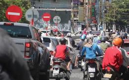 Đà Nẵng nhộn nhịp người xe sau khi nới lỏng cách ly xã hội