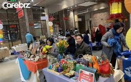 """Hội chợ thủ công giữa lòng Hà Nội: Tổ chức trong không gian sáng tạo từ nhà máy cũ, tập trung những """"thợ lành nghề"""" truyền thống và hiện đại"""