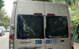 Hà Nội: Hoang mang hàng loạt ô tô đưa đón học sinh bị đập phá