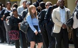 Số ca nhiễm COVID-19 tăng vọt, Mỹ đón làn sóng thất nghiệp mới
