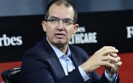 """CEO hãng sản xuất vaccine Moderna: """"Chúng ta sẽ sống với Covid-19 mãi mãi"""""""