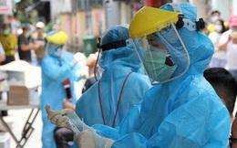 Chuyên gia Mỹ và 4 người Việt nhập cảnh nhiễm Covid-19