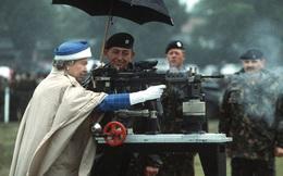 """Những khoảnh khắc """"khí chất ngất trời"""" của Nữ hoàng Anh, chứng minh đẳng cấp của một trong những nữ tướng quyền lực nhất thế giới"""