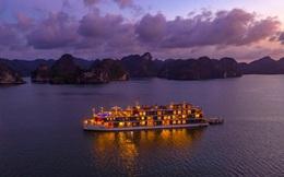 """Giữa năm Covid, du thuyền Việt """"full phòng"""", chạy không ngày nghỉ, nhân viên 3h sáng còn dậy """"chốt đơn"""": Đừng bao giờ bỏ quên khách nội địa!"""