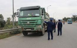 """Cầu Thăng Long được bảo vệ như thế nào trước """"hung thần"""" xe quá tải?"""