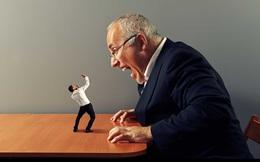 Khi nào sếp cần đóng vai ác?
