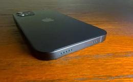 Tại sao một chiếc iPhone không cổng kết nối thực sự là một cơn ác mộng?