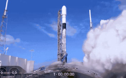SpaceX vừa lập một kỷ lục thế giới mới và nó sẽ mở ra một nguồn lợi khổng lồ trong tương lai