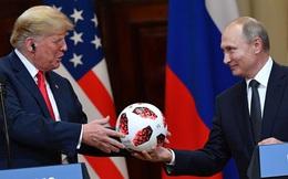 """""""Gu"""" tặng quà đắt tiền của Cựu Tổng thống Trump cho các lãnh đạo thế giới và việc phải tự bỏ tiền túi ra mua quà của mình"""