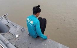 Giải cứu thanh niên thua chứng khoán định nhảy cầu tự tử
